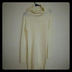 Venus White sweater dress size medium